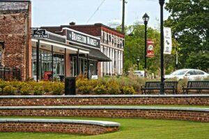 Braselton-GA-Cotton-Calf-Kitchen-Town-Green-Sun-Realty-Group